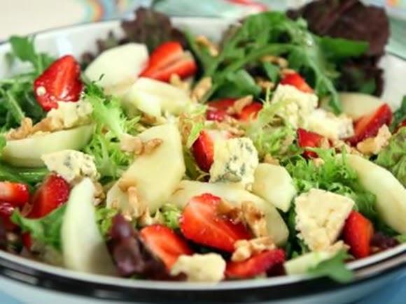 Ensalada De Queso Azul Y Frutas
