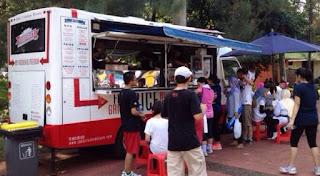 Salah satunya adalah konsep food truck tujuannya tidak lain adalah untuk memanjakan para pelanggannya meski terbilang baru di Indonesia