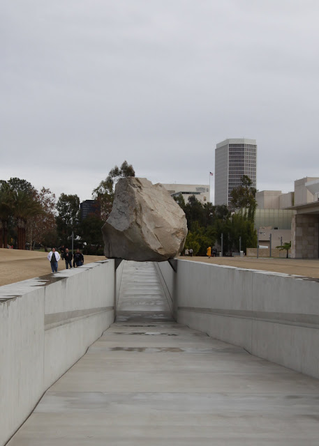 Heizer - Levitated Mass LACMA Los Angeles County Museum of Art