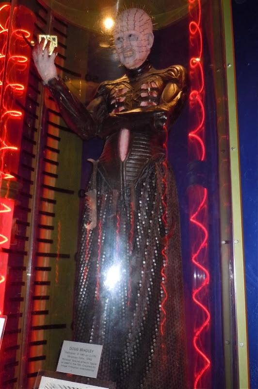 Hellraiser 3 Pinhead figure