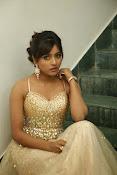 glamorous Vithika sheru new sizzling pics-thumbnail-6