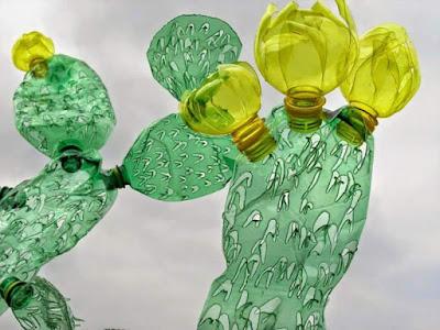 Hoa Handmade Từ Nhựa