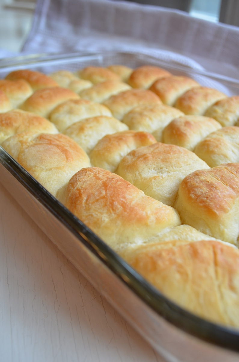 The Virtual Goody Plate: Parker-Parker House Rolls