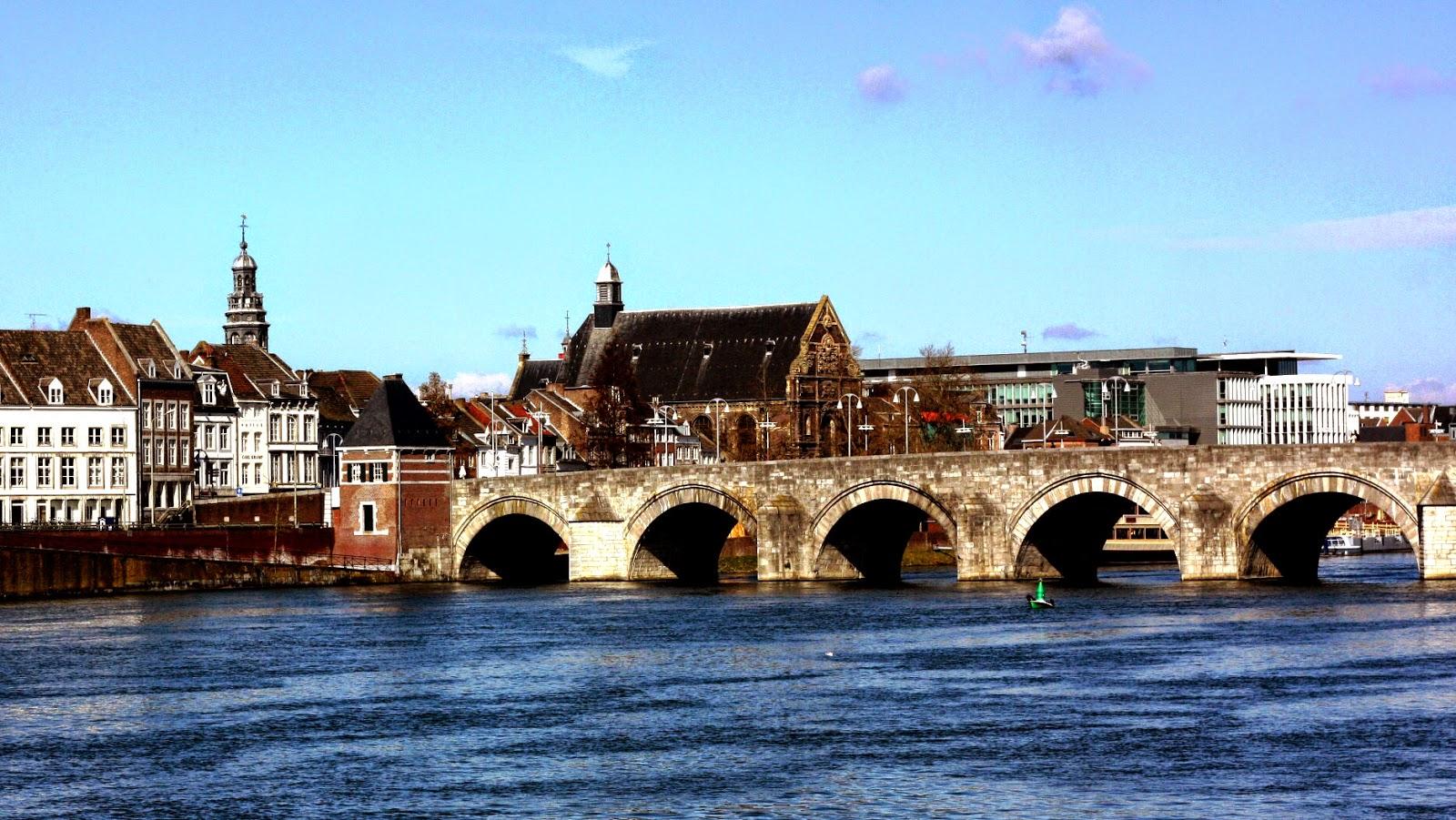 Sungai Meuse belanda