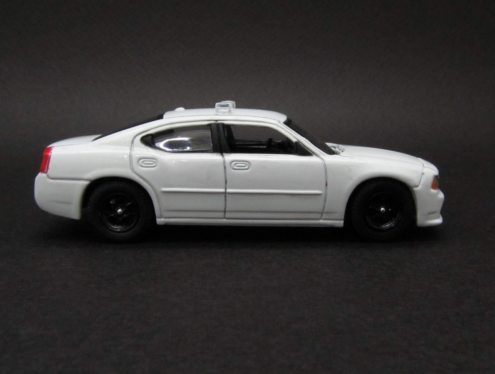 Diecast hobbist 2008 dodge charger unmarked police car for 2008 dodge charger motor