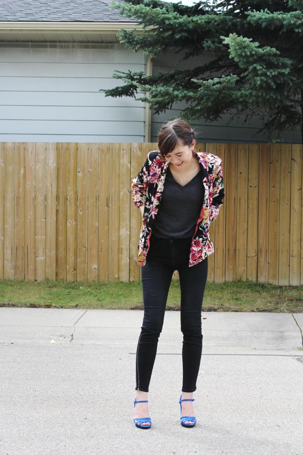 Floral Blazer Black Jeans