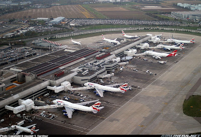 Simulando o voo BA0247: de Heathrow a Guarulhos no Boeing 747  Terminal+4+LHR