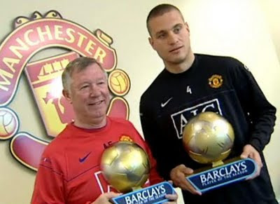 Sir Alex Ferguson Nemanja Vidic Barclays Manager and Player of the Season awards