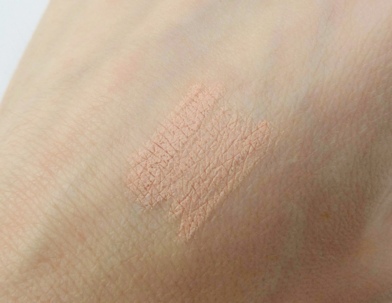 Makeup Revolution Inner Eye Brightener Swatches