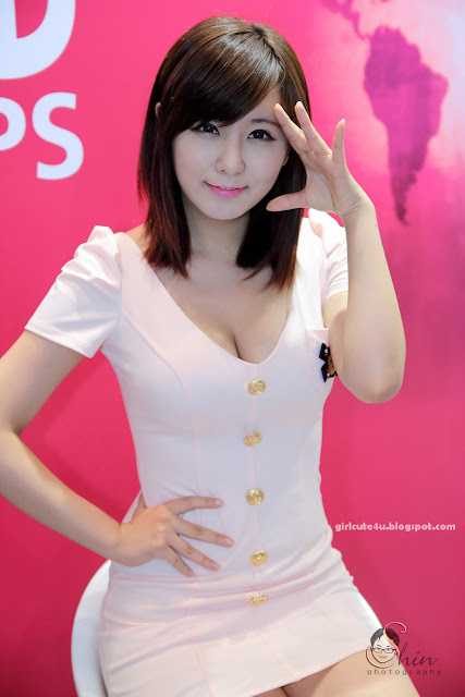 Ryu-Ji-Hye-SIDEX-2011-01-very cute asian girl-girlcute4u.blogspot.com
