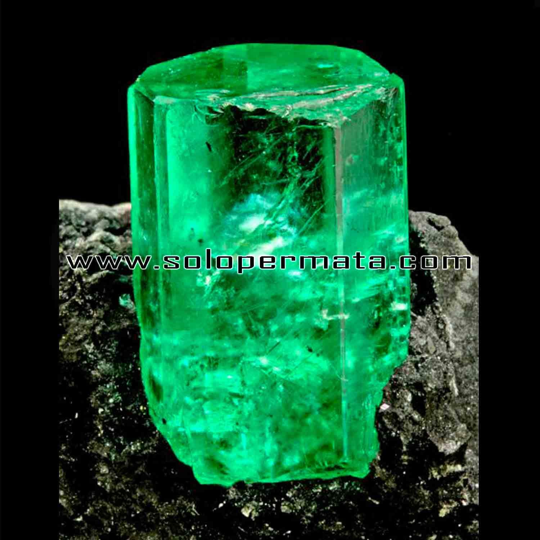 Emerald berryl Batu Permata