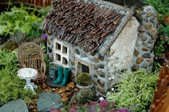 Mini+planter+garden+ +mini+garden+ +garden+ +gardening+ +garden+planter+ +garden+ideas+ +garden+crafts+ +diy+ +via+pinterest2