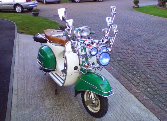 Kumpulan Gambar Motor Vespa Modifikasi Unik dan Antik