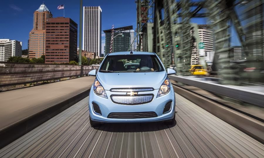 2014 Chevy Spark Only Minicar to Earn Top Safety Pick