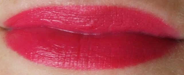 Charlotte Tilbury KISSING Fallen from the lipstick tree Velvet Underground swatches