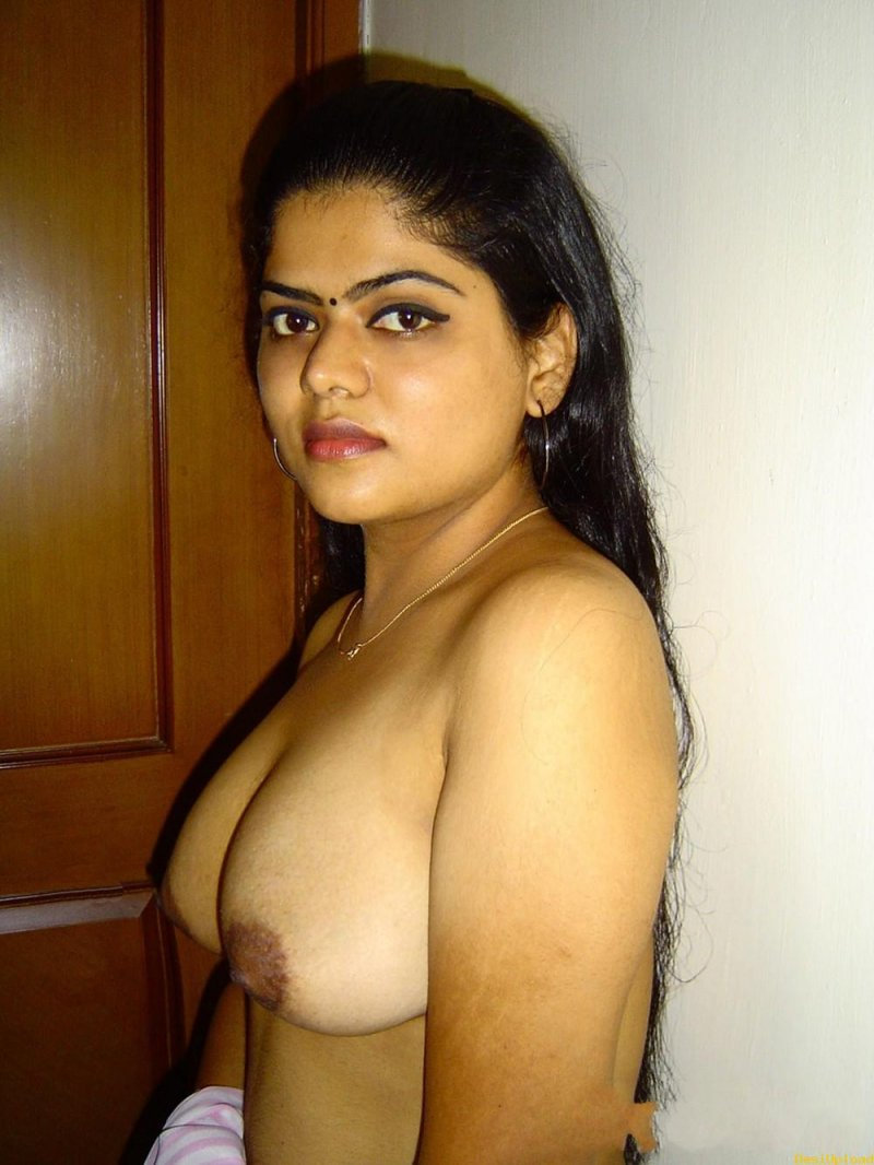 indian bathing nude boobs