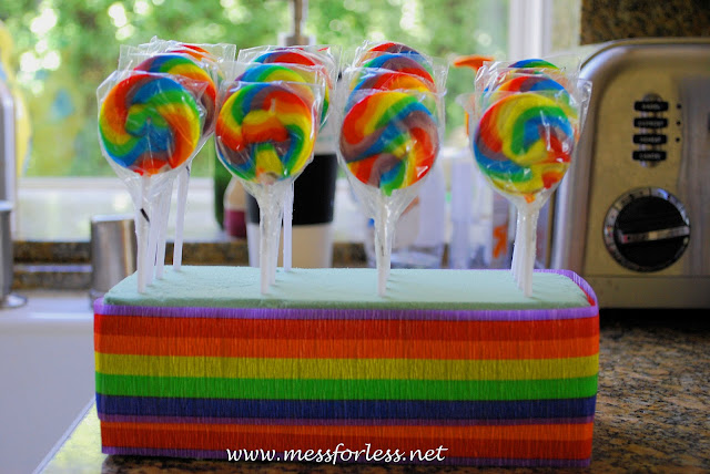 rainbow lollipops, party favors