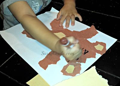 coloring a teddy bear face craft