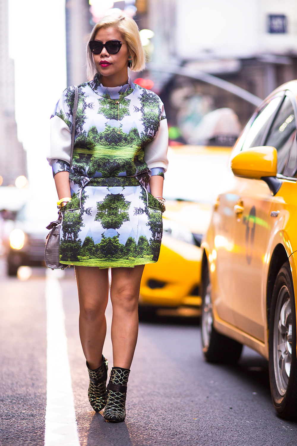 CrystalPhuong- New York Fashion Week 2015- Day 3 Streetstyle