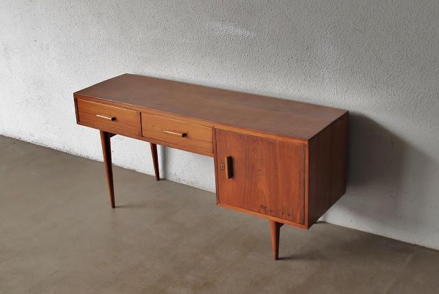 Vintage love vintage furniture restored and for Sideboard 60 cm hoch
