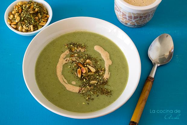 Crema De Brócoli Con Salsa Tahini Y Zathar