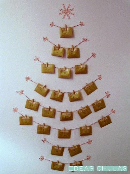 Guirnaldas de sobres en forma de árbol navidad