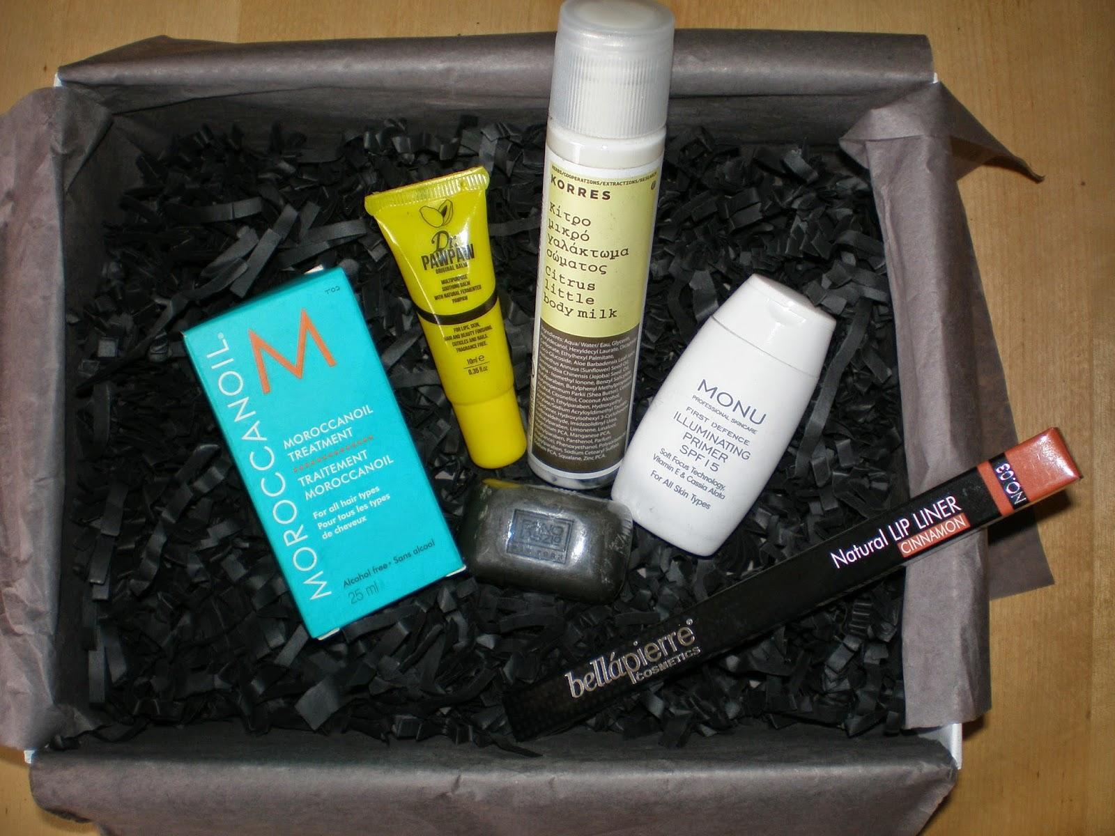 Unboxing February Lookfantastic box