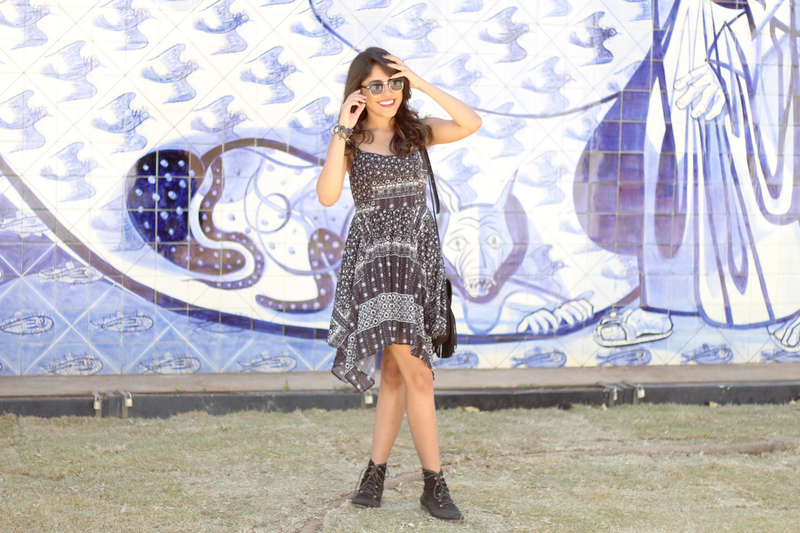 look do dia, ootd, outfit, vestido, étnico, indiano, look, pontas, assimétrico, choies, forever21, forever 21, coturno, botinha, ray ban, clubmaster
