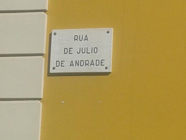 Rua de Júlio de Andrade