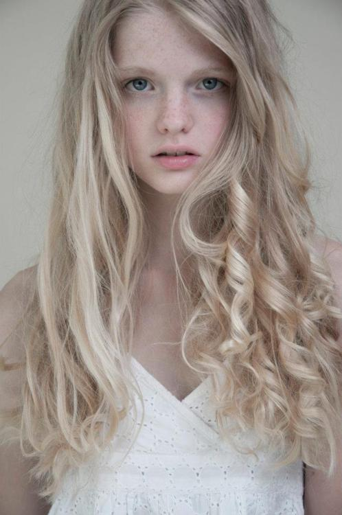 Annemarie Kuus : New Face From Netherlands
