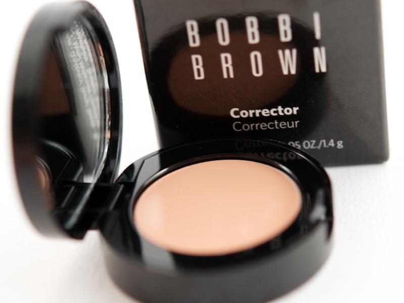 confessions of a make up junkie concealers concealers. Black Bedroom Furniture Sets. Home Design Ideas