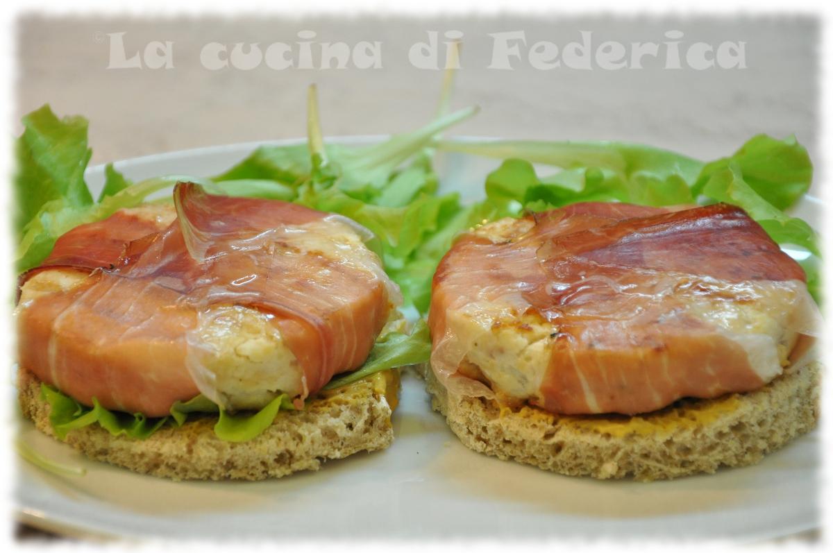 La cucina di Federica: Hamburger di pollo e prosciutto affumicato