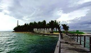 Wisata Pulau Beras Basah Bontang Kaltim