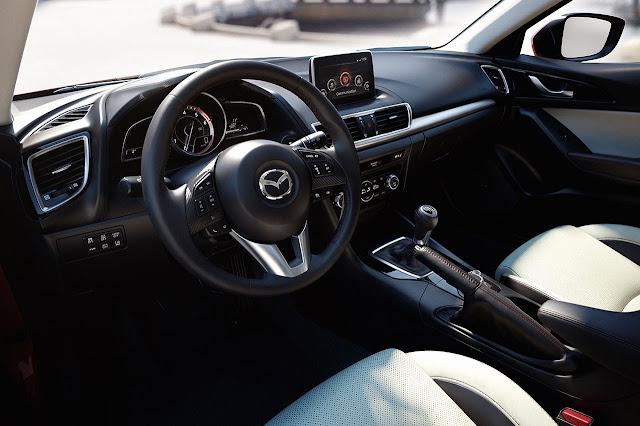 Mazda3 Hatchback dash