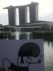 El catganer visita Singapur.