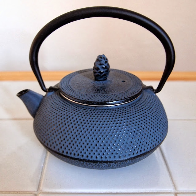 Cast Iron tea pot from Japan