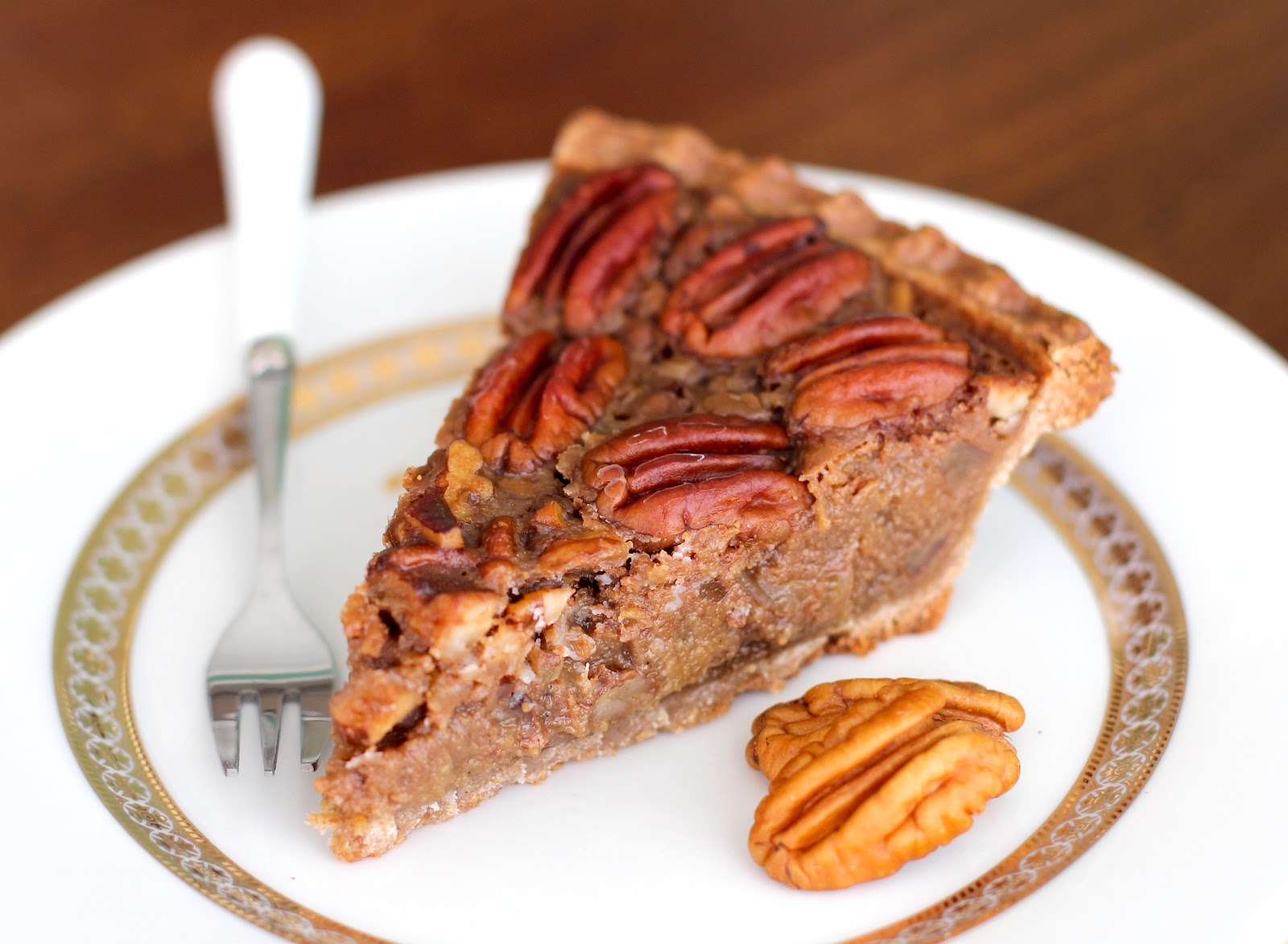 ... made a (seriously, totally awesome) Maple Pecan Pie… vegan