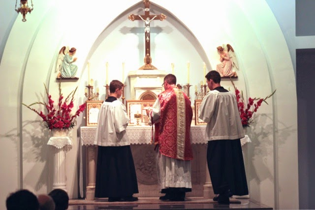 Latin mass dating