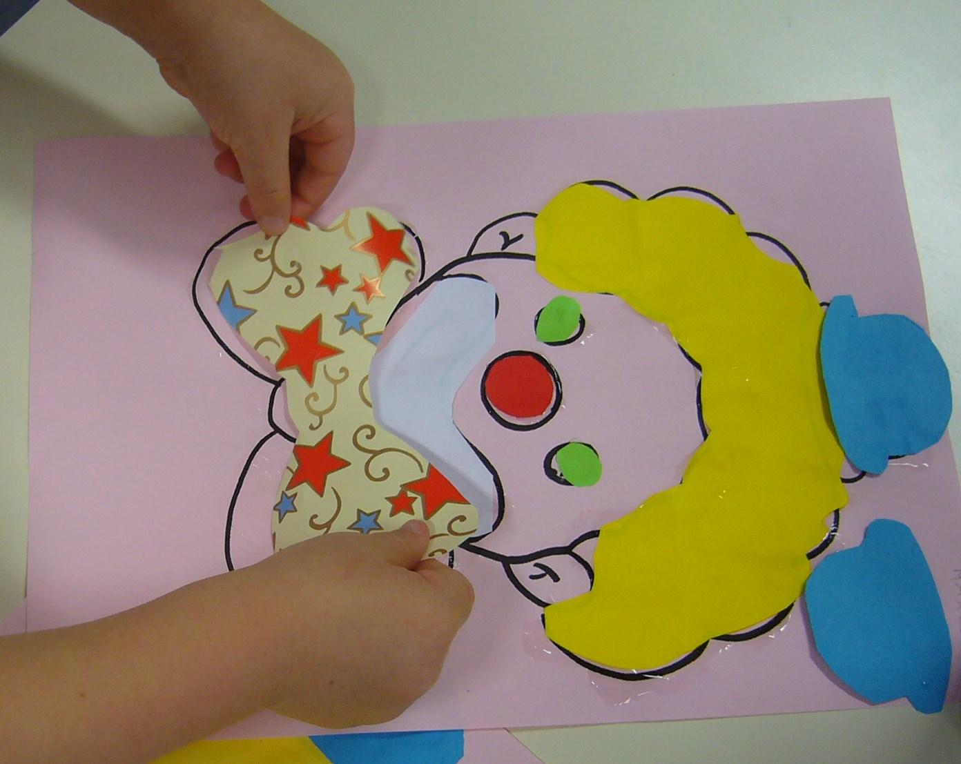 Scuola dell 39 infanzia di coseano colori di carnevale for Addobbi per l aula di carnevale