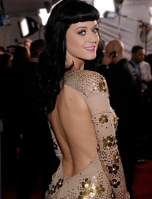singer_katy_perry_hot_wallpapers_in_bikini_fun_hungama_forsweetangels.blogspot.com