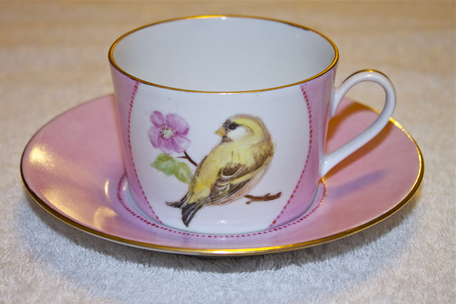 siskin, hand painted tea cup, bird