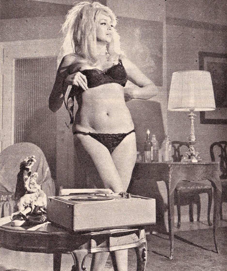 235 best Phonographs images on Pinterest | Vinyls, Record
