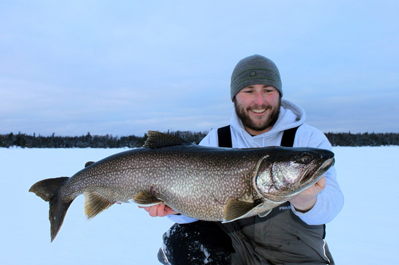 International fishing news canada minus 40 degrees but for Lake trout ice fishing