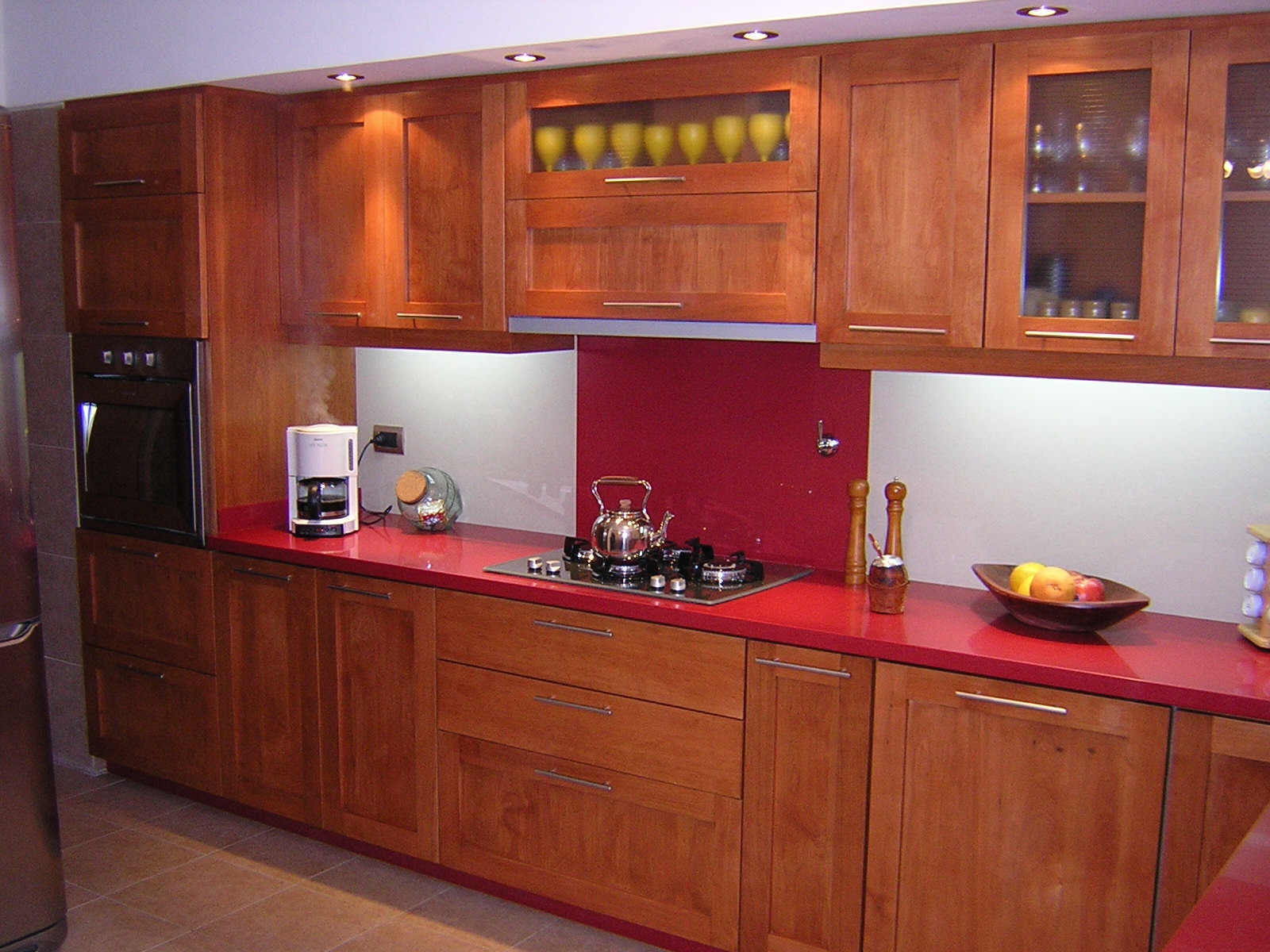Ixtus amoblamientos muebles de cocina madera for Muebles cocina madera