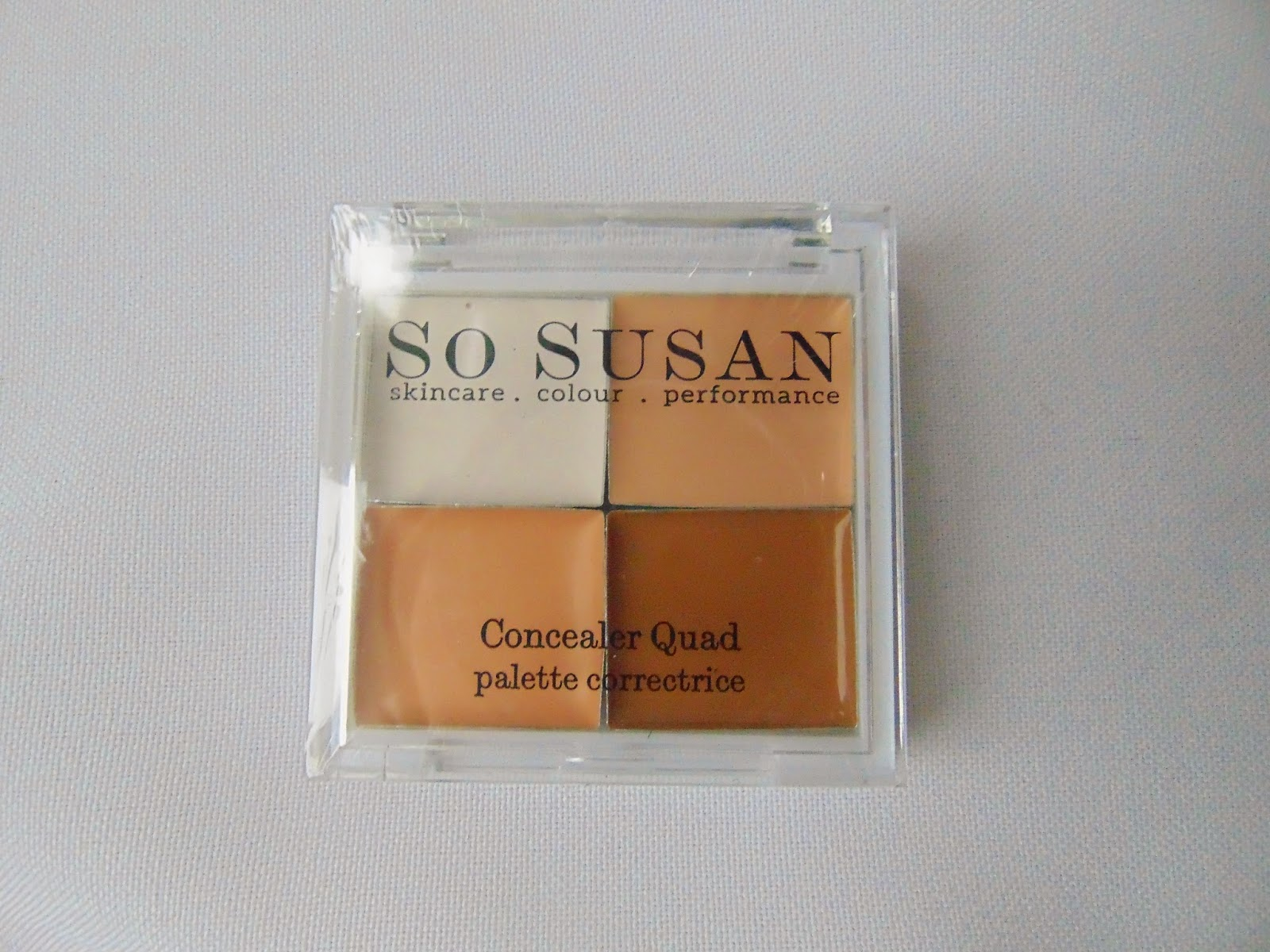 So Susan Cosmetics - Concealer Quad - www.annitschkasblog.de