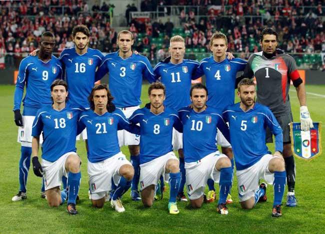 Demam Bola: Tim nasional sepak bola Italia