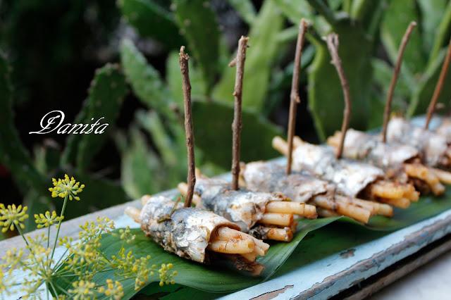 pasta chi saidi (pasta con le sarde) finger food