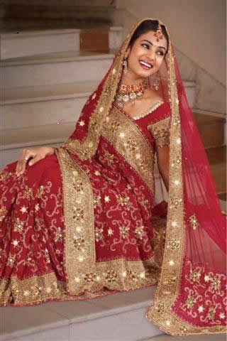 Bridal can wear saree in different styles