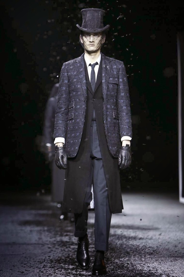 Thom Browne AW15, Thom Browne FW15, Thom Browne Fall Winter 2015, Thom Browne Autumn Winter 2015, Thom Browne, du dessin aux podiums, dudessinauxpodiums, MFW, Pitti Uomo, mode homme, menswear, habits, prêt-à-porter, tendance fashion, blog mode homme, magazine mode homme, site mode homme, conseil mode homme, doudoune homme, veste homme, chemise homme, vintage look, dress to impress, dress for less, boho, unique vintage, alloy clothing, venus clothing, la moda, spring trends, tendance, tendance de mode, blog de mode, fashion blog, blog mode, mode paris, paris mode, fashion news, designer, fashion designer, moda in pelle, ross dress for less, fashion magazines, fashion blogs, mode a toi, revista de moda, vintage, vintage definition, vintage retro, top fashion, suits online, blog de moda, blog moda, ropa, blogs de moda, fashion tops, vetement tendance, fashion week