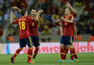 "<img src=""http://3.bp.blogspot.com/-QVY7SOF50p0/Ucf7wG3EbxI/AAAAAAAAAm8/zd9QFUIAJic/s1600/Spanyol+vs+Nigeria.jpg"" alt=""Spanyol vs Nigeria""/>"
